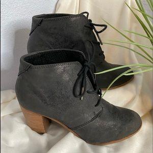 Toms booties black size 9
